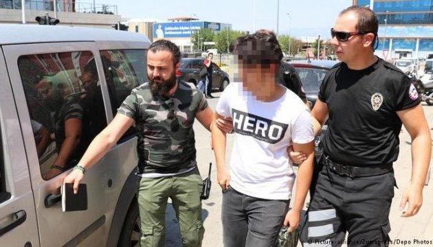 В Турции вводят униформу для обвиняемых в госперевороте