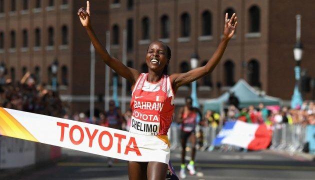 ЧМ по легкой атлетике: Роуз Челимо победила в марафоне