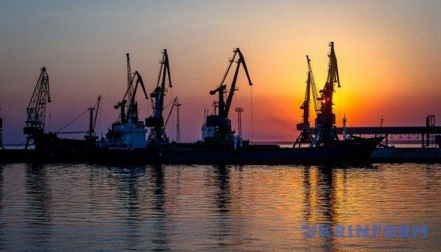 Українські порти на Азовському морі працюють у штатному режимі - АМПУ