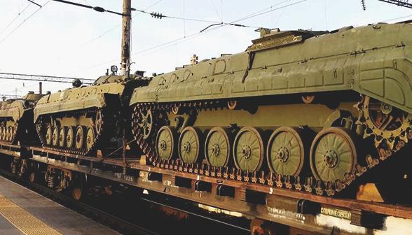 На лінії розмежування побільшало російської військової техніки - СЦКК