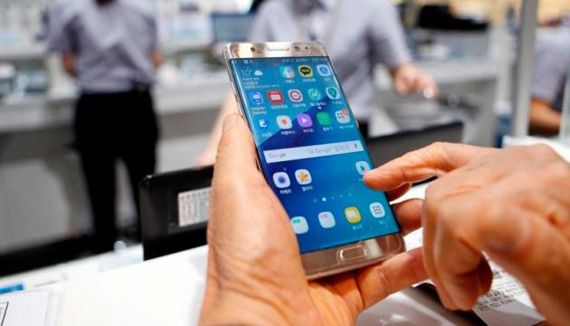 Мобільні оператори синхронно підвищили тарифи
