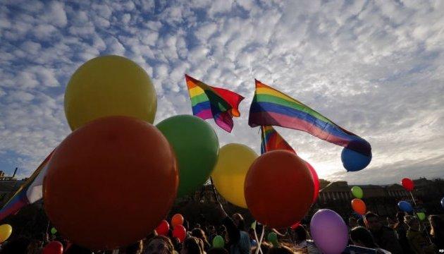 У Петербурзі напали на ЛГБТ-активістів і журналістів