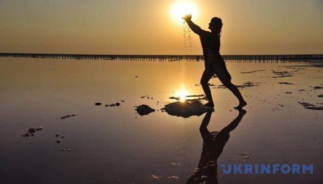 Озеро між двома Кутами: там, де сонце під ногами
