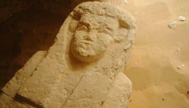 В Єгипті знайшли нове поховання з давніми гробницями