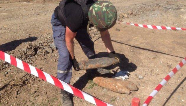 За добу на Луганщині піротехніки знешкодили  901 вибухонебезпечний предмет