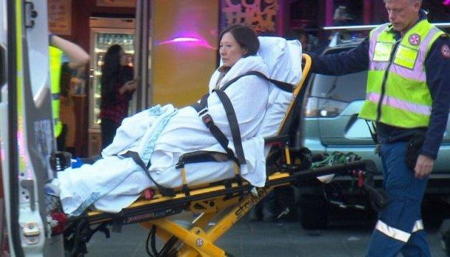 У Сіднеї автівка в'їхала у натовп: шестеро постраждалих