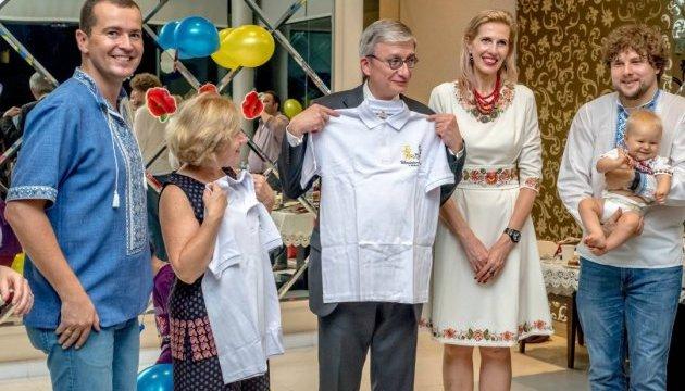Як українська громада в Сінгапурі зустрічала президента СКУ