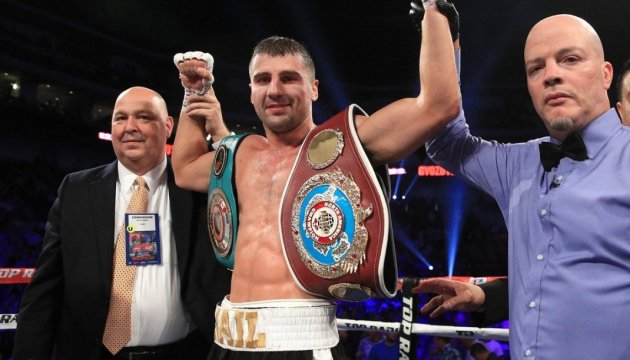 Український боксер Гвоздик нокаутував американця Бейкера