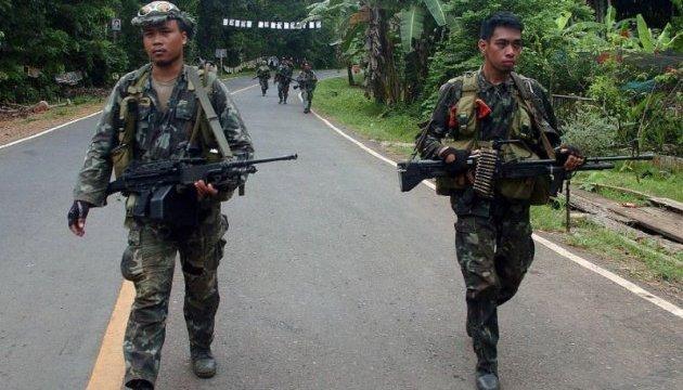 На Філіппінах ісламісти вбили дев'ятьох осіб, ще десятеро поранені