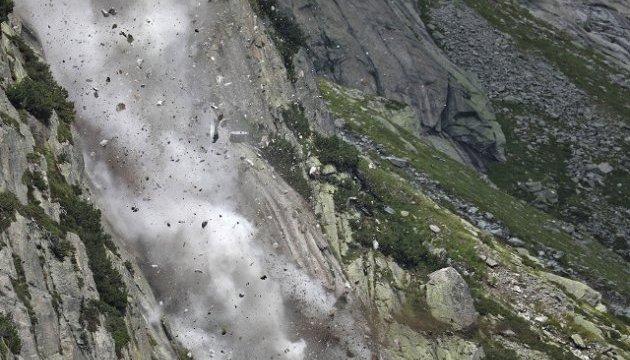 У Швейцарії дві групи туристів потрапили під каменепад: шестеро постраждалих