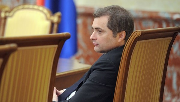 Kremlsprecher dementiert Abgang von Surkow