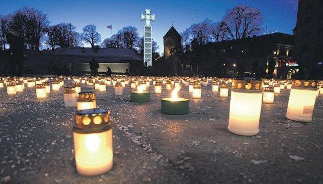 ЄС вшановує пам'ять жертв сталінського та гітлерівського режимів