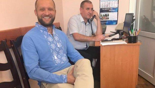 Полякову з п'ятої спроби вдягли браслет