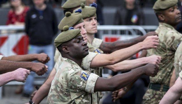 Ідеєю цьогорічного параду була участь союзників України — Порошенко