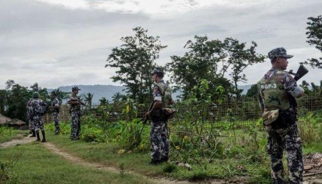 У М'янмі бойовики напали на поліцейських: 12 загиблих