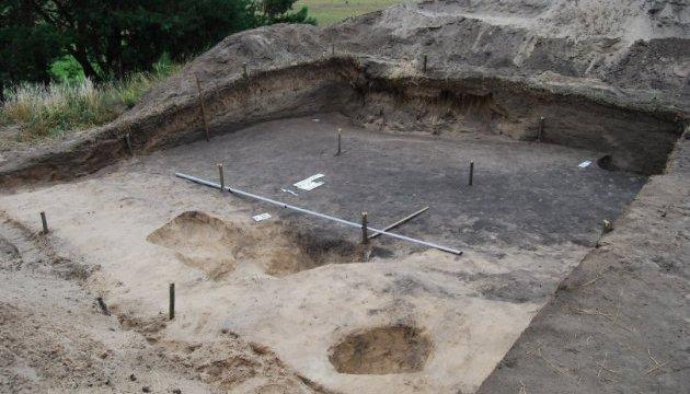 Археологи на Чернігівщині знайшли давньоруський курган і городище Х сторіччя