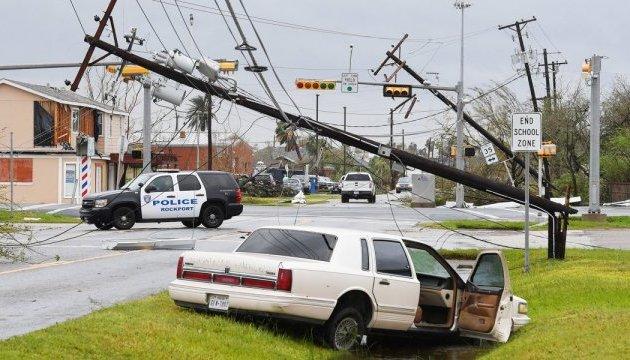 """У США нарахували понад 80 жертв урагану """"Харві"""""""