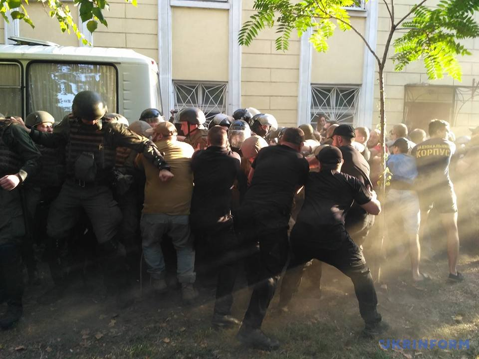 Двоих оправданных вОдессе активистов «антимайдана» арестовали взале суда