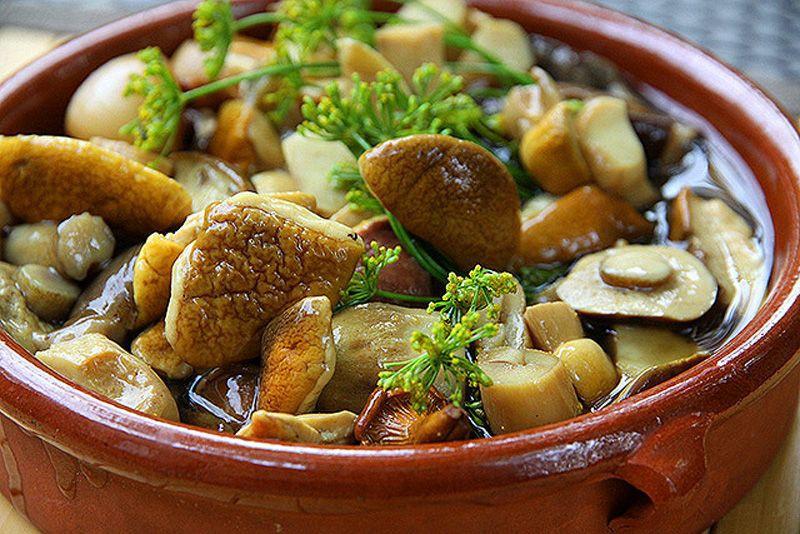маринованих грибів