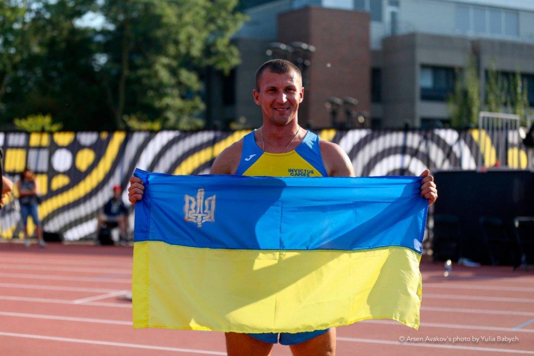 https://www.ukrinform.ua/rubric-sports/2311815-avakov-u-toronto-vruciv-nagorodi-peremozcam-igor-neskorenih.html
