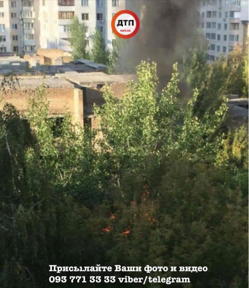 ВКиеве произошел пожар совзрывом внедостроенном детсаде