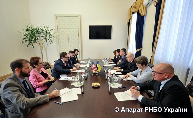 Турчинов: Збитки від кібератакРФ наУкраїну оцінюються вдесятки мільйонів доларів