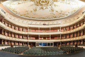 """З нагоди 100-річчя в театрі Франка презентували """"Щоденники директора театру"""""""