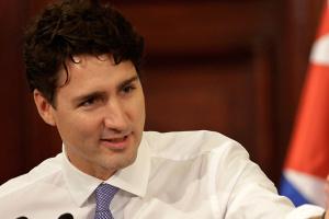 Прем'єр Канади вибачився за своє старе фото з чорним гримом
