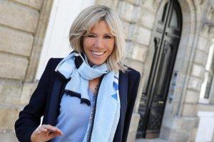 Дружина Макрона викладатиме літературу у криміногенному передмісті Парижа