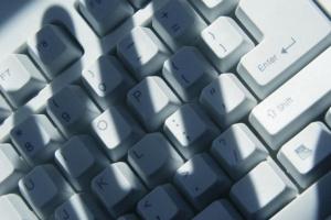 Науковці Оксфорду дослідили, як Росія використовує молодь для кіберпропаганди
