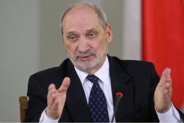 Macierewicz: La OTAN tiene una desagradable sorpresa para el Kremlin