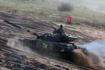 Best tank platoon named in Chernihiv region
