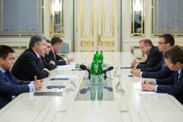 Friedenstruppen im Donbass: Poroschenko und estnischer Außenminister koordinieren Ansätze