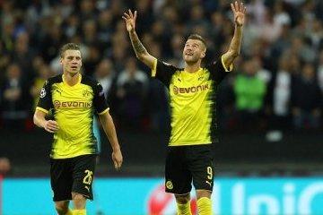 Fútbol: Yarmolenko anota un gol para el Borussia Dortmund en la Liga de Campeones