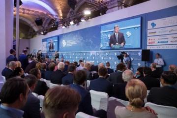 Poroshenko propone crear un círculo internacional de amigos para la de-ocupación de Crimea