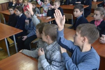 Schools with instruction in language of national minorities will not be closed – education minister