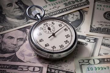 """Zamiast """"zera"""" - 1700% rocznie: NBU ostrzega przed pożyczkami bez dokumentu"""