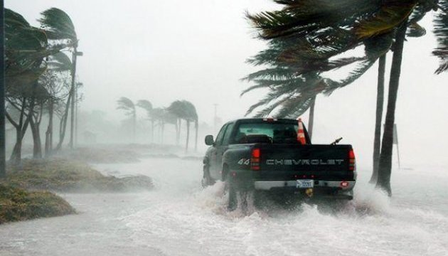 Тропічний шторм у Мексиці забрав життя трьох осіб