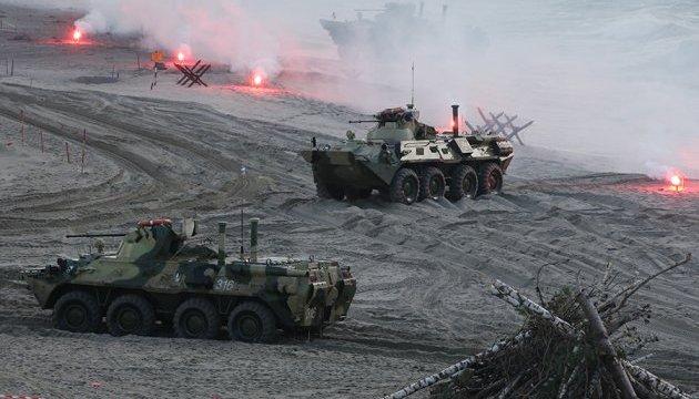 """На """"Запад-2017"""" Росія відпрацювала масований ракетно-ядерний удар — Турчинов"""