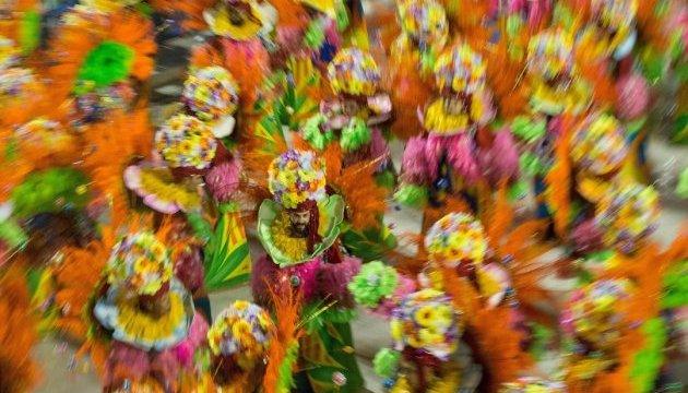 Дніпряни влаштують бразильський карнавал