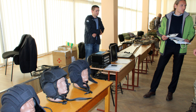 У Чернігові обговорюють особливості роботи оборонки в сучасних умовах