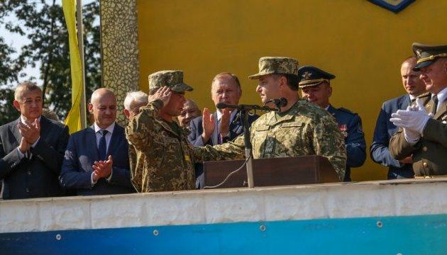 Полторак привітав особовий склад Інституту танкових військ з професійним святом