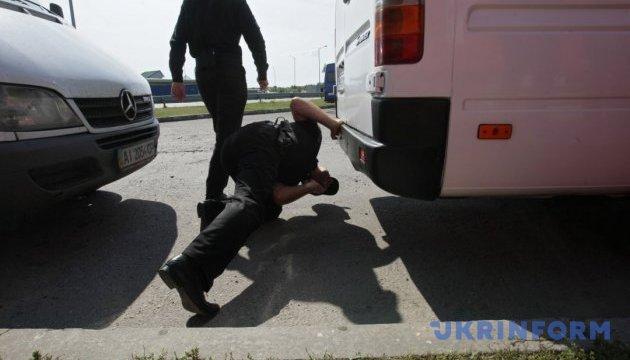У поліції пояснили, чому зупиняли автоколону бажаючих зустріти Саакашвілі