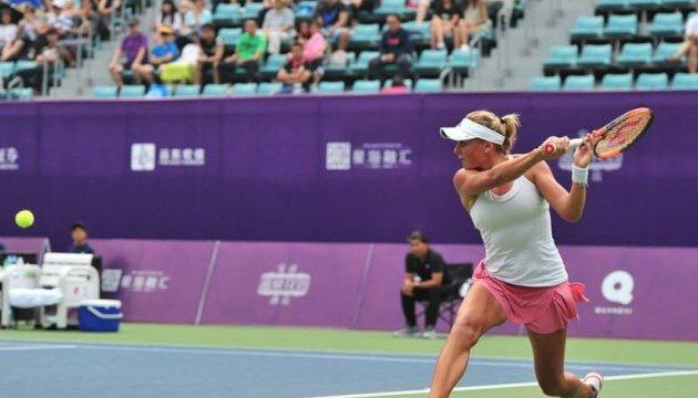 Українка Козлова обіграла росіянку Звонарьову у фіналі турніру WTA