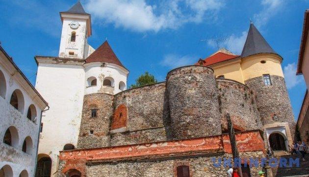 Мукачевский замок вскоре обновится