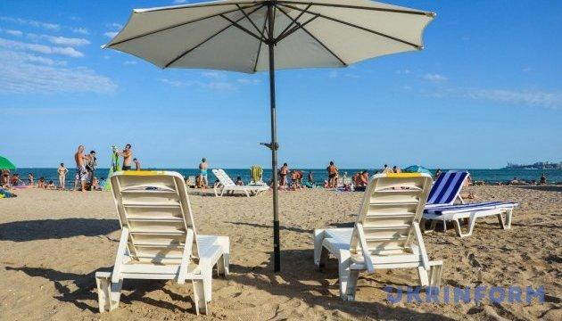Вода біля одеських пляжів придатна для купання - МОЗ