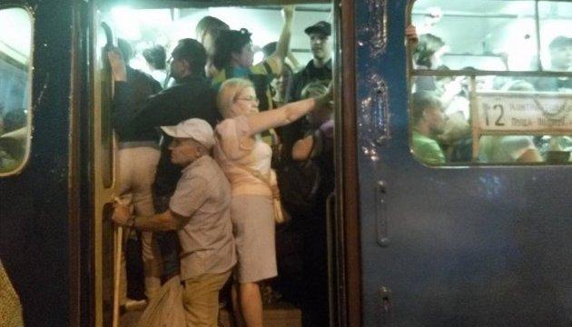НП у київському метро: мастила потрапили на перемичку рельси