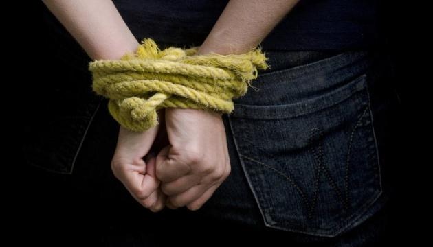 В посольстве Мали в Барселоне в заложники взяли жену консула