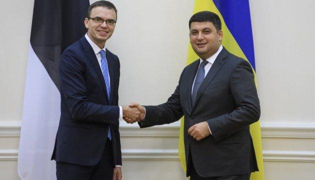 Глава МЗС Естонії запевнив Гройсмана у підтримці України