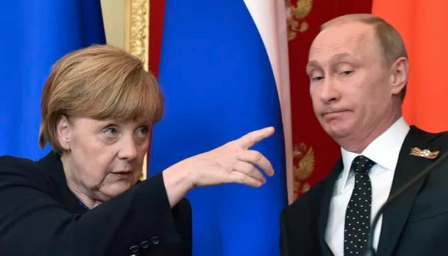 Меркель перед зустріччю з Порошенком говорила про миротворців на Донбасі з Путіним